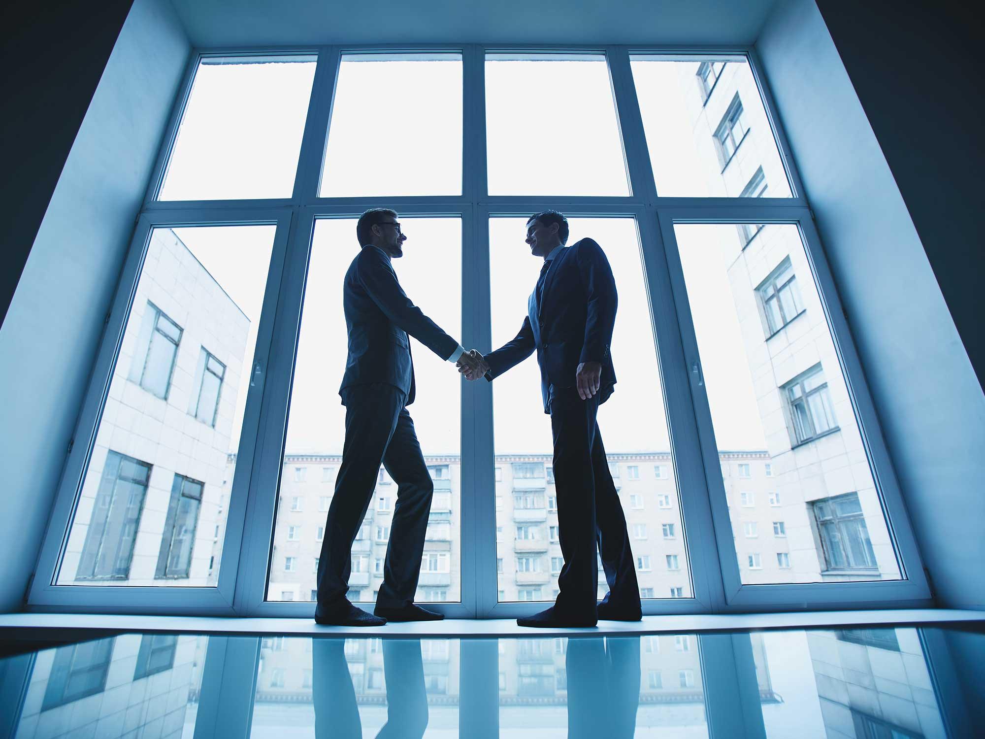 Gli investimenti italiani - banche vs broker online