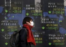 Crollano le borse cinesi per paura del Virus