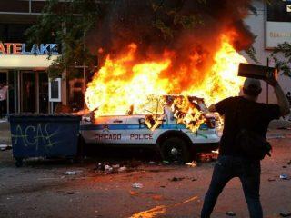 Continuano gli scontri a New York
