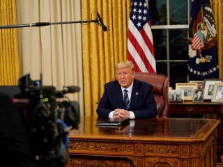 Trump in piena pandemia vuole riaprire le scuole