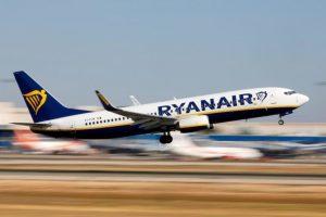 Ryanair meno 185 milioni