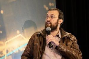 """Bitcoin è il """"peggior nemico di se stessi"""" e perderà contro Ethereum: Charles Hoskinson"""