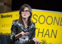 Ecco quando Cathie Wood si aspetta che Bitcoin raggiunga $ 500.000
